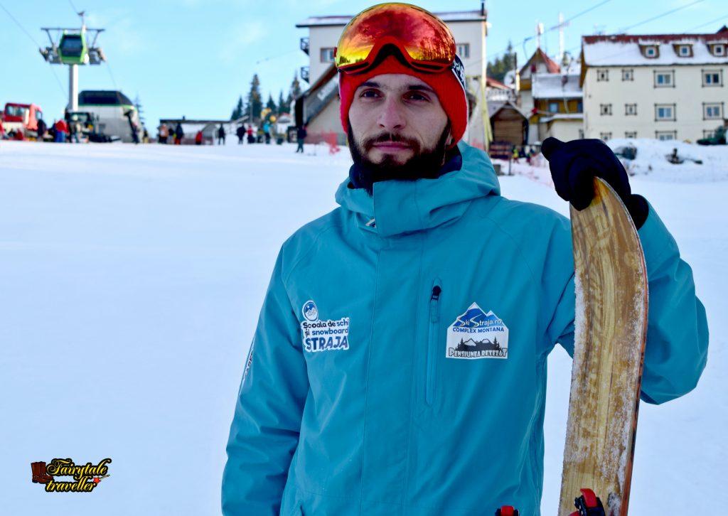Marius Bucur, instructor de schi, Școala de Schi și Snowboard, Straja