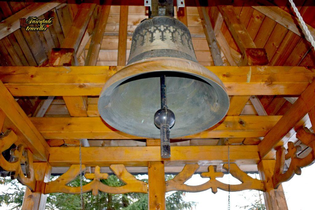 Clopotul Schitului Straja