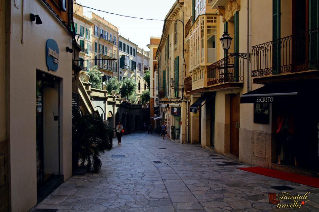 Strada din Palma de Mallorca, foto: Calator de Poveste