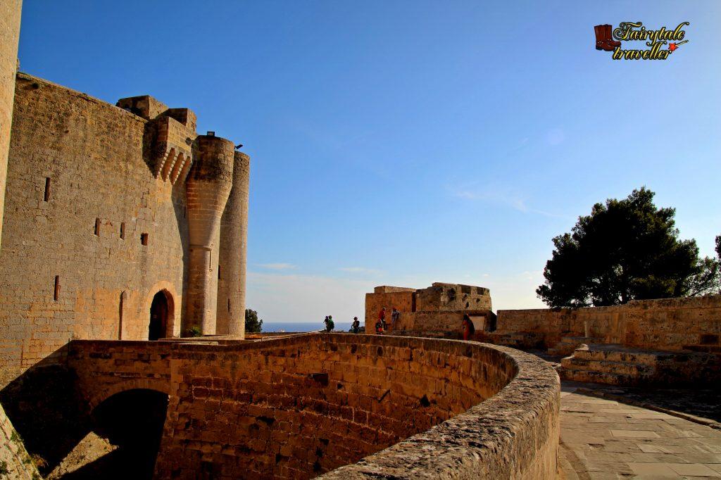 Castel Bellver, Palma de Mallorca, foto: Calator de Poveste